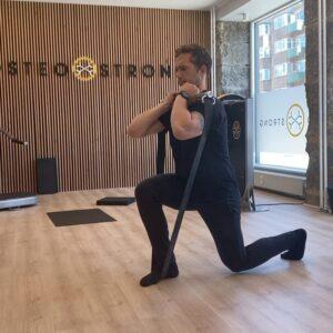 Tror alle som har prøvet split squat med @x3_bar virkelig synes, at det er den hårdeste øvelse af alle 😈🤯